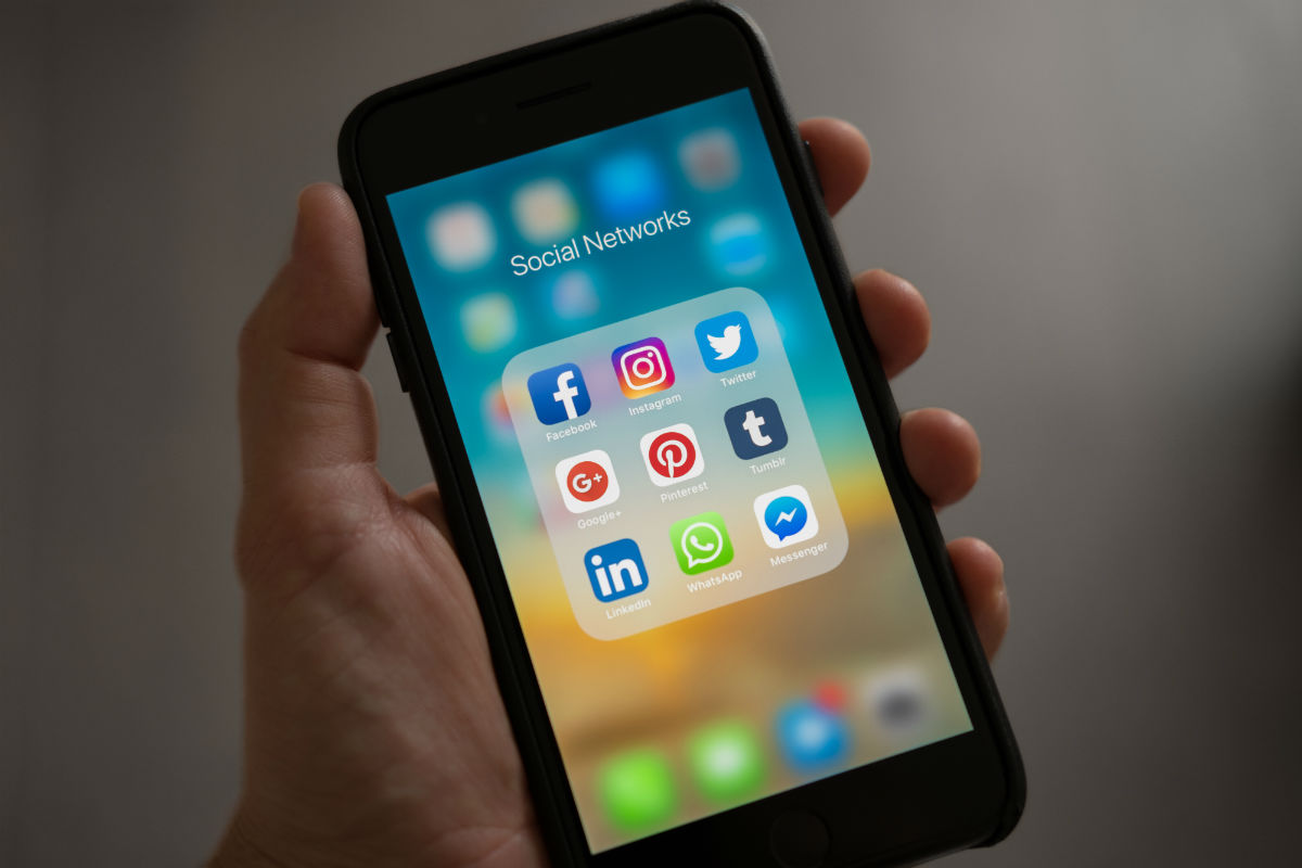 Facebook, ecco come inviare soldi con Messenger